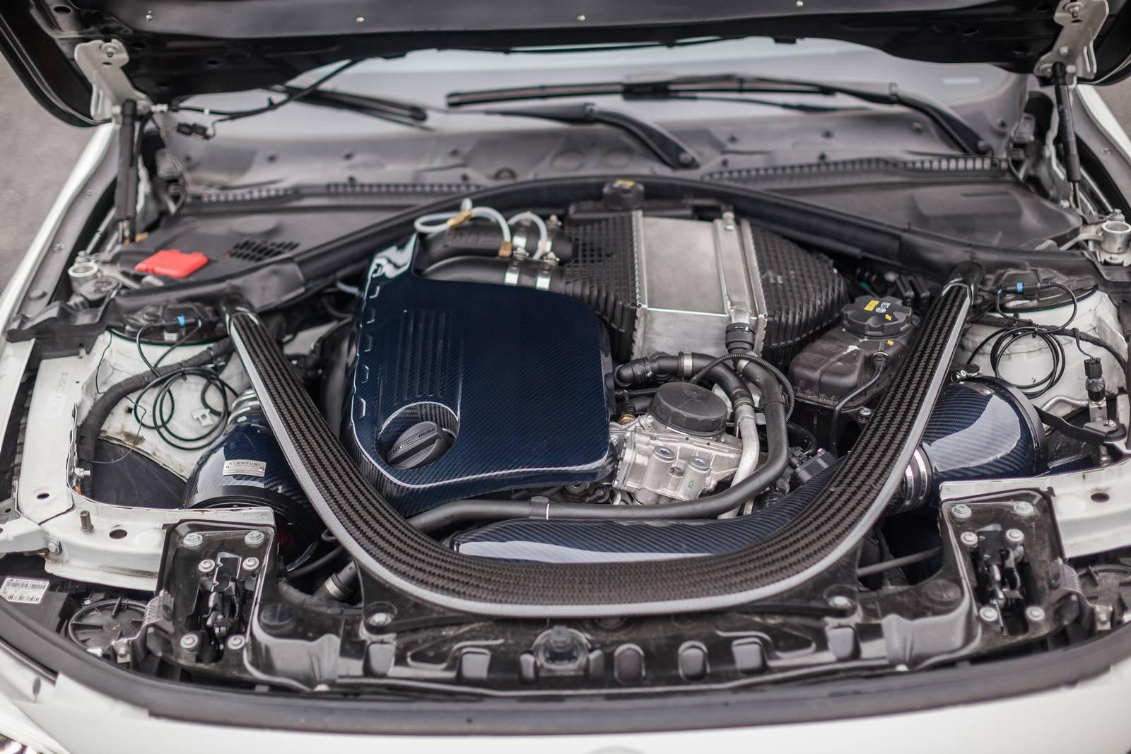 BMW-M4-R-5